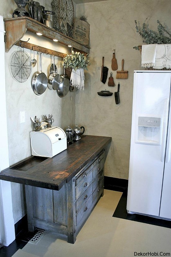 Top-5-Small-Cool-Kitchens-2011-14