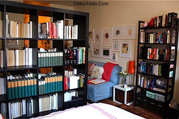A-bookshelf-room-divider1