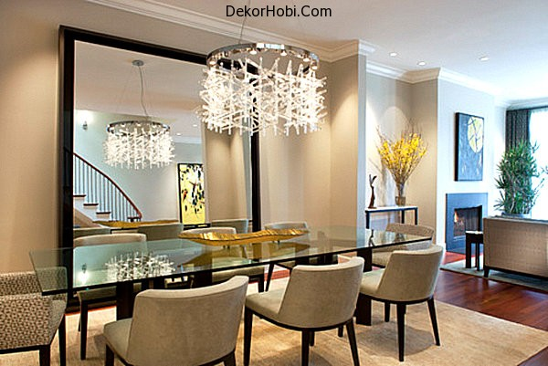 A-large-mirror-opens-up-a-dining-room