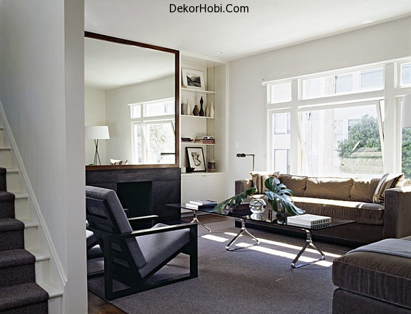 A-modern-living-room-with-a-glass-coffee-table