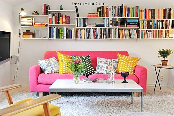 Bookshelves-in-a-compact-apartment