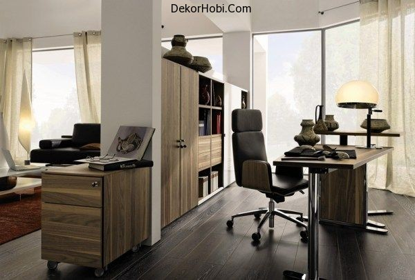 Elegant-home-office-clad-in-brown-wooden-surface