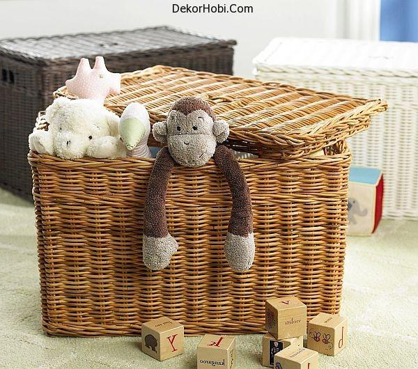 Wicker-baskets-storage