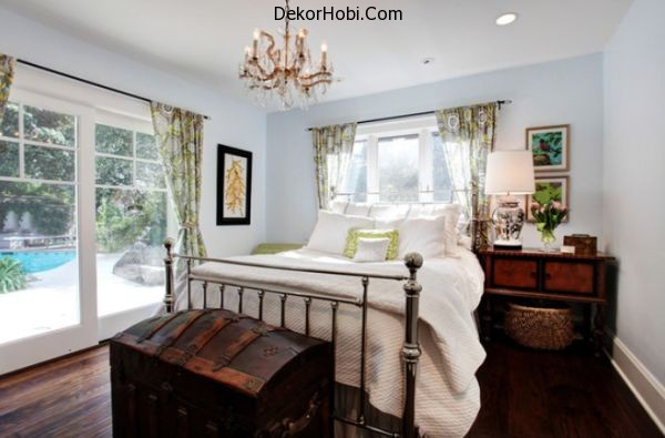 vintage-bedroom-metal-bed