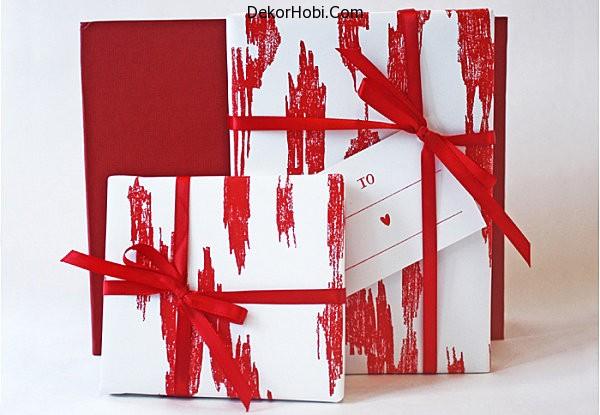 Ikat-gift-wrap