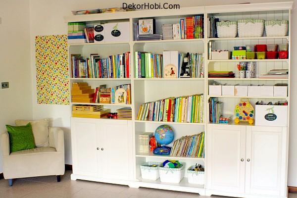 Playroom-Bookshelves.png1