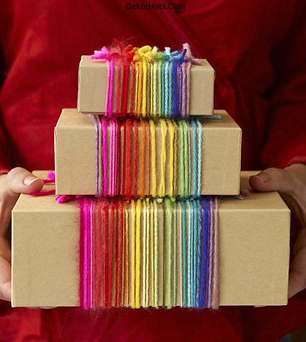 Rainbow-yarn-gift-wrap-idea