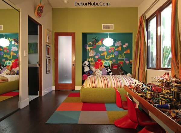 colorful-boys-room-bright-colors