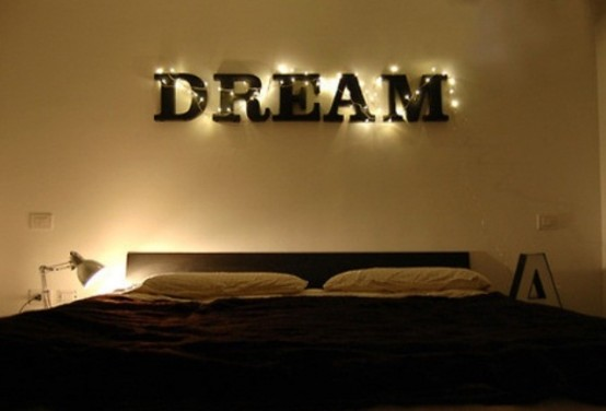 romantic-bedroom-lighting-ideas-36-554x376