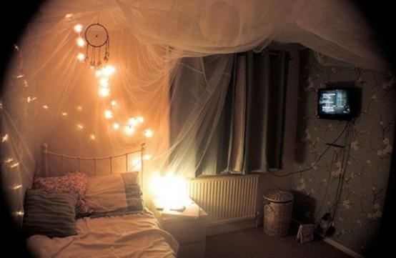 romantic-bedroom-lighting-ideas-38-554x361