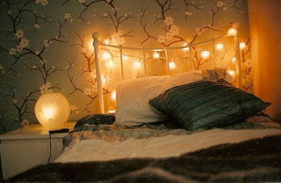 romantic-bedroom-lighting-ideas-42-554x362