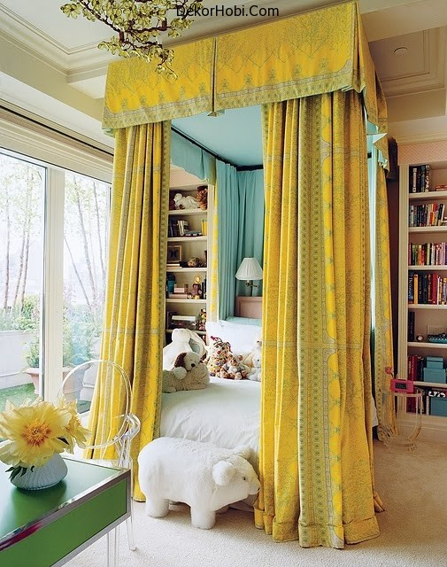 rustic-romantic-girls-room-with-yellow-drapes