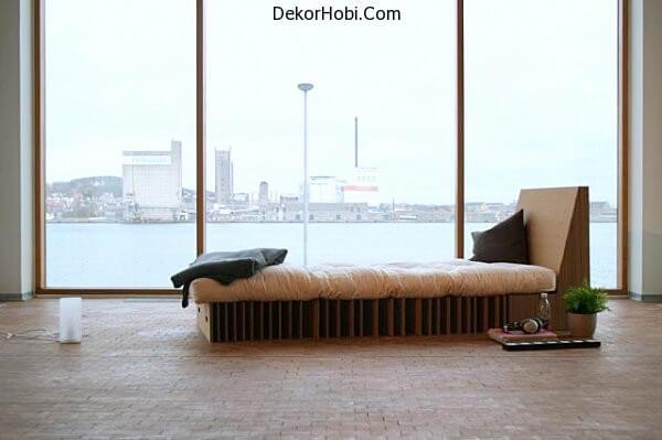 Cardboard-bed