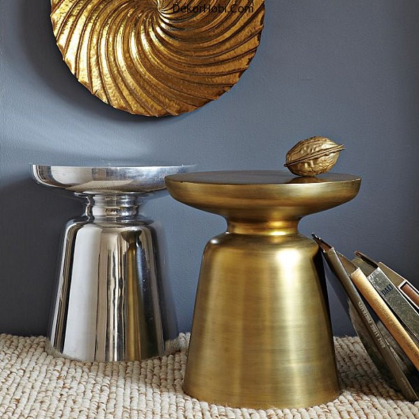 Chic-metal-side-table