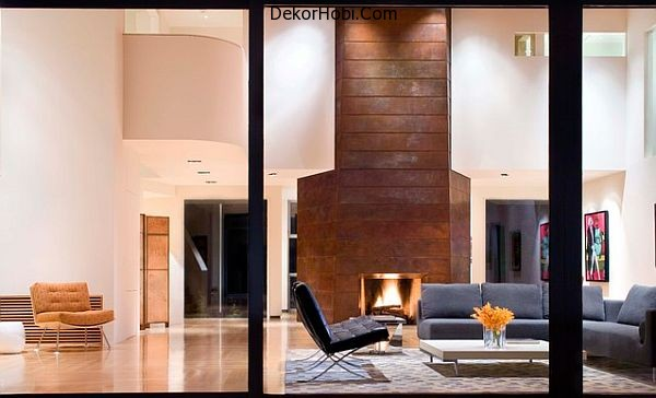 copper-wall-in-the-living-room-with-fireplace