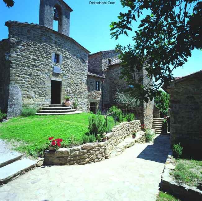luxury-villa-tuscany-italy-entrance