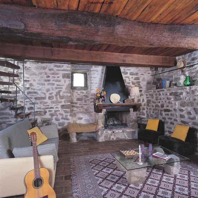 luxury-villa-tuscany-italy-living-room