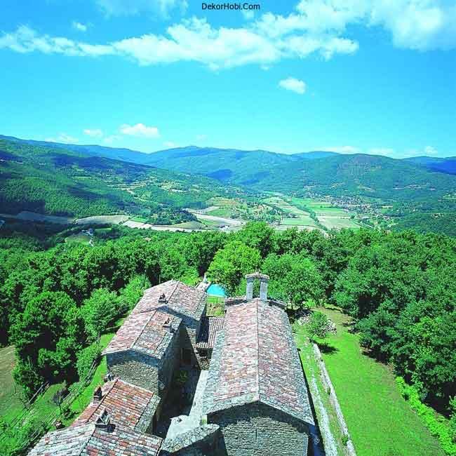 luxury-villa-tuscany-italy-top