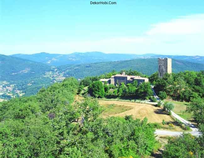 luxury-villa-tuscany-italy-view
