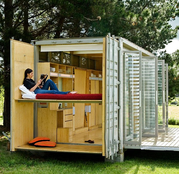 shipping-container-bedroom