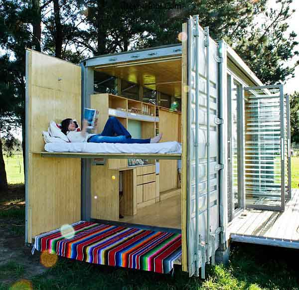shipping-container-holiday-abode