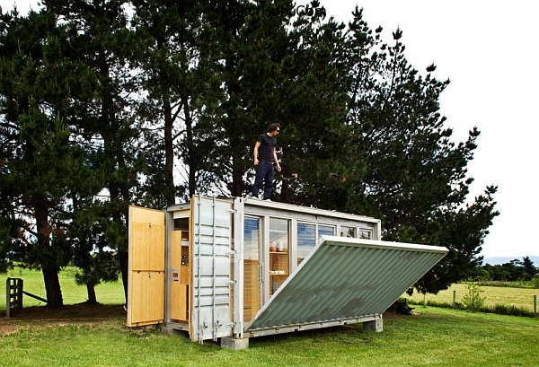 steel-shipping-container-home