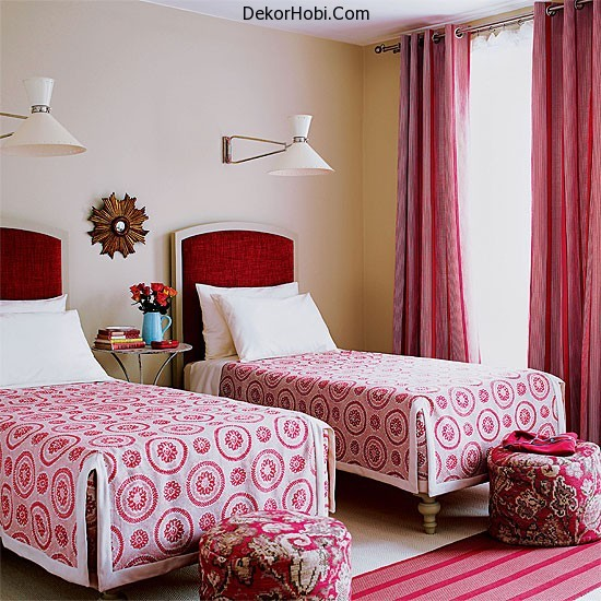 Photos-of-pink-decor-myLusciousLife.com-Red-and-Pink-Guest-Bedroom-via-house-to-home