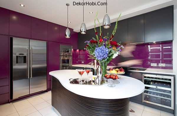 kitchen-with-purple-cabinets-and-backsplash
