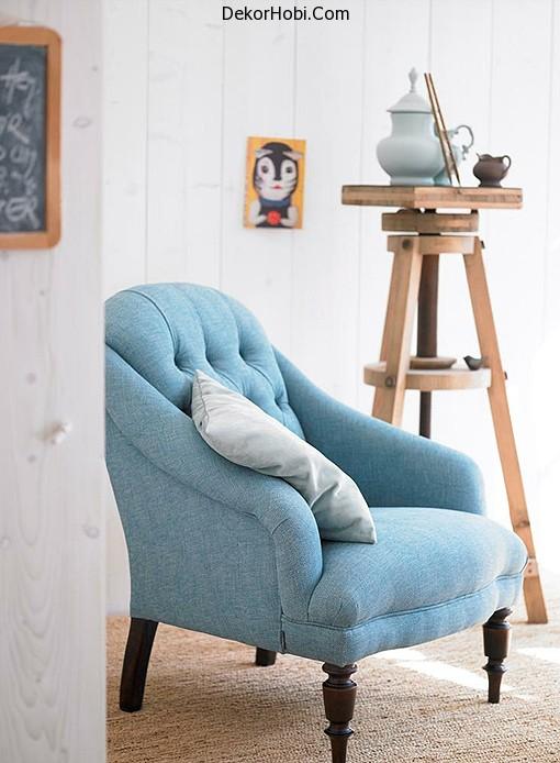 marine-decor-idea-blue-chair