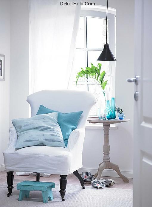 marine-decor-idea-white-chair