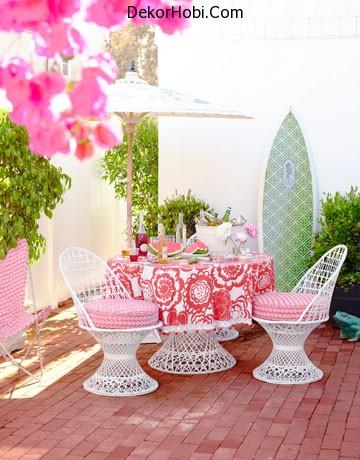 photos-of-pink-furniture-myLusciousLife.com-House-Beautiful-Kristen-Ewart