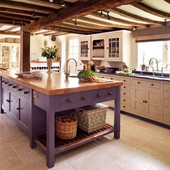traditional-kitchen-island-in-purple
