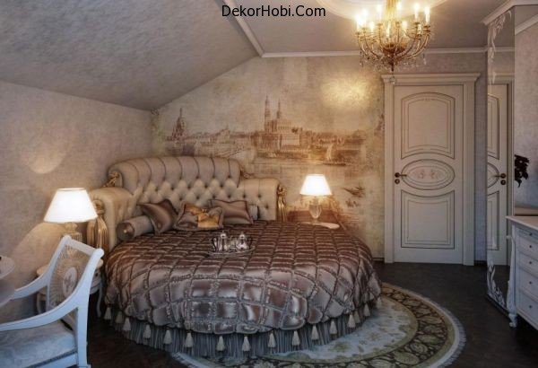 Fabulous-wall-mural-and-exqusite-interiors-create-a-ravishing-traditional-bedroom-with-a-circle-bed