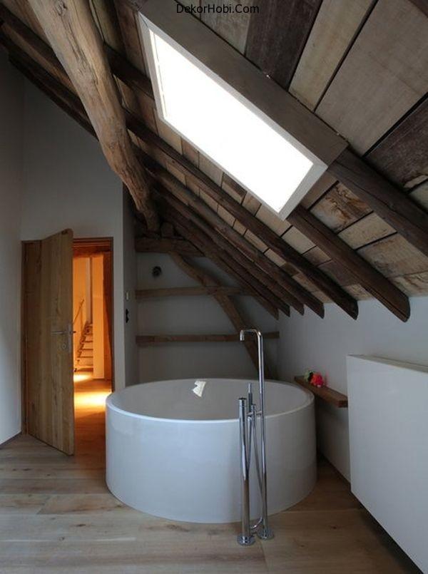 attic-bathtub1
