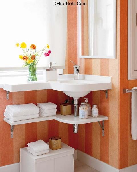 storage-ideas-in-small-bathroom-20