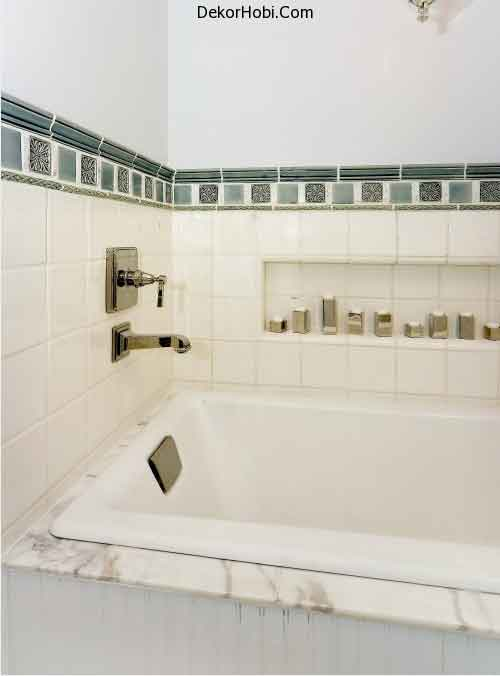 storage-niches-in-bathroom-19