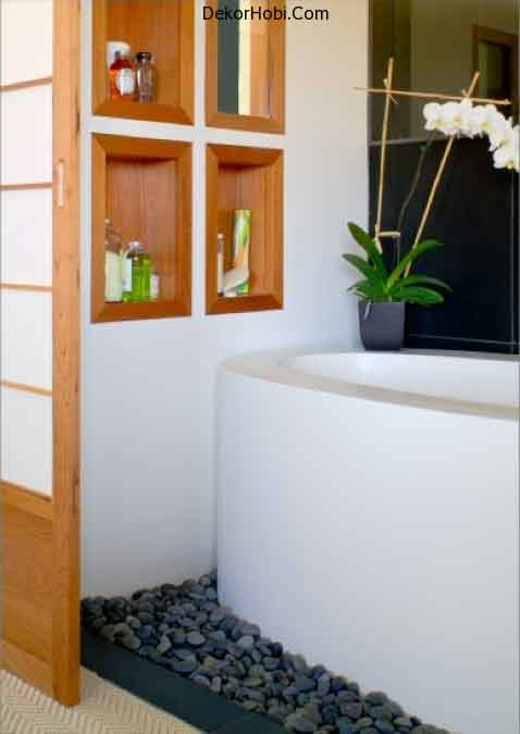 storage-niches-in-bathroom-30