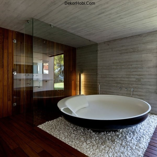 ufo-bathtub-by-benedini-associati