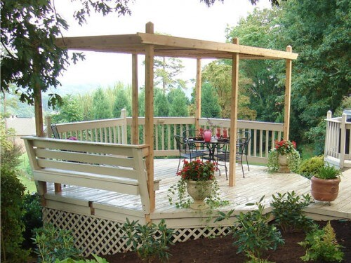 easy-to-make-diy-outdoor-pergolas-500x375