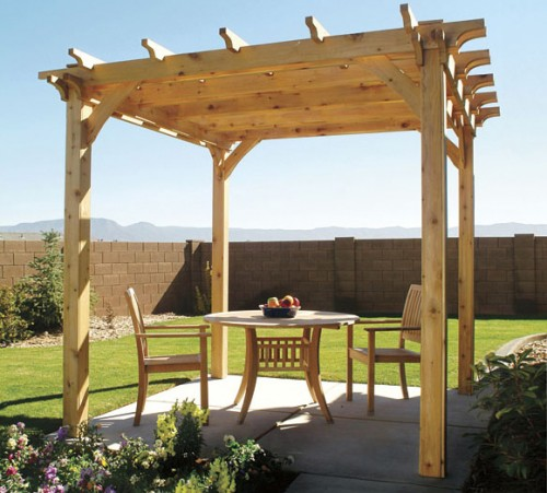 easy-to-make-diy-outdoor-pergolas2-500x451