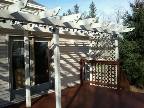 easy-to-make-diy-outdoor-pergolas6-500x375
