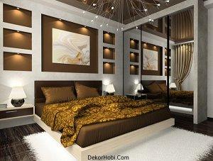 Grand-mirrored-closet-doors-in-a-modern-bedroom