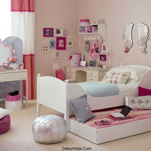 Sophisticated-girls-bedroom-sports-a-couple-of-shiny-surfaces-to-bring-in-the-chic-appeal