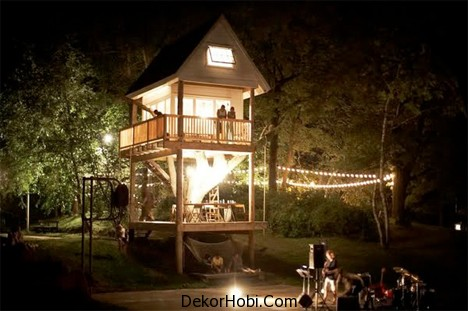 Camp-Treehouse-Backyard-Getaway-5