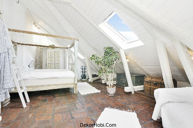 Gorgeous_11_White_Attic_Penthouse