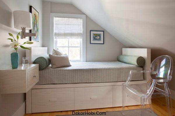 Çatı Katı Küçük Yatak Odaları