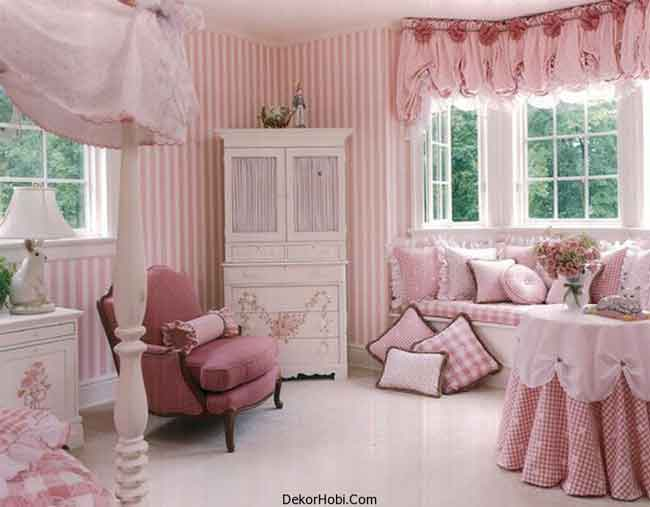 Matching-Drapes-And-Pillow-Covers-Add-To-The-Glam-Factor-Of-The-Pretty-Pink-Style