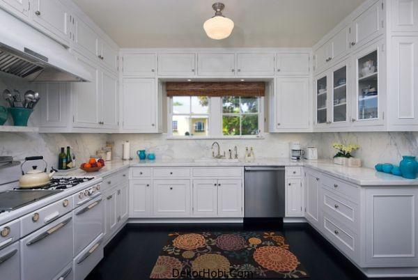 kitchen-black-floor