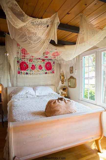 refined-boho-chic-bedroom-designs-19