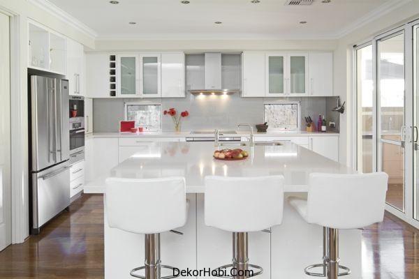 Modern Beyaz Mutfak